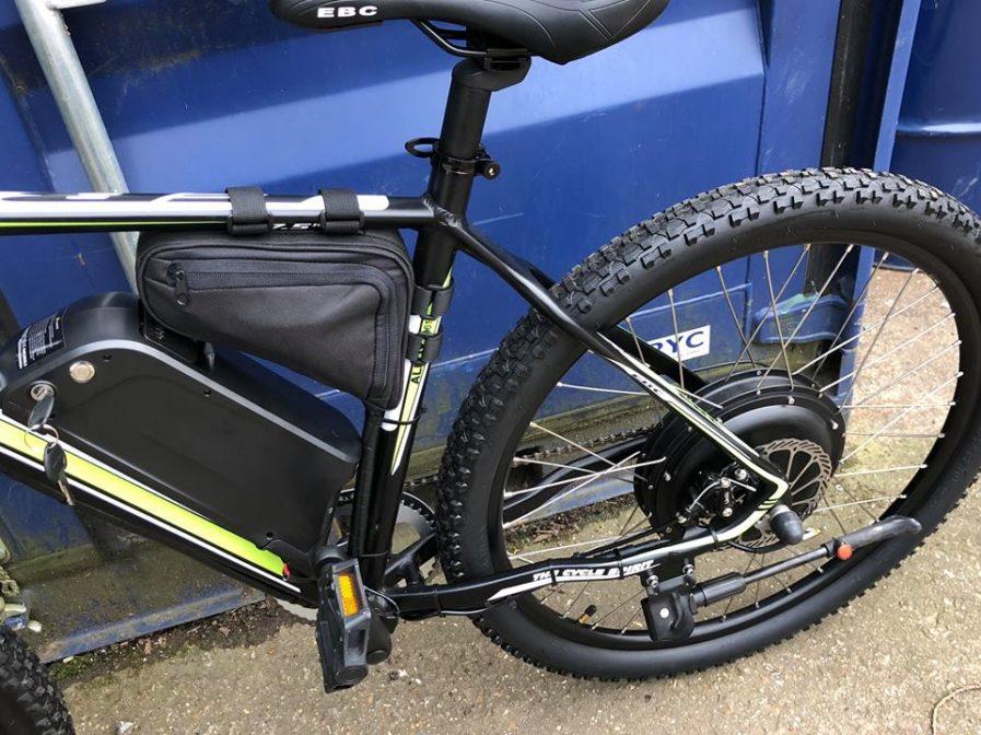 rower elektryczny z silnikiem w piaście koła